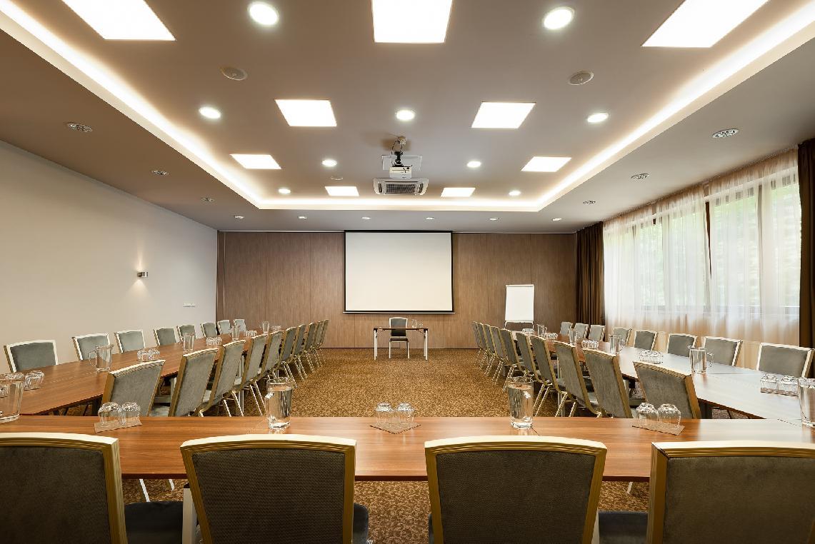 Hotel Termál Vyhne - Kongres 2
